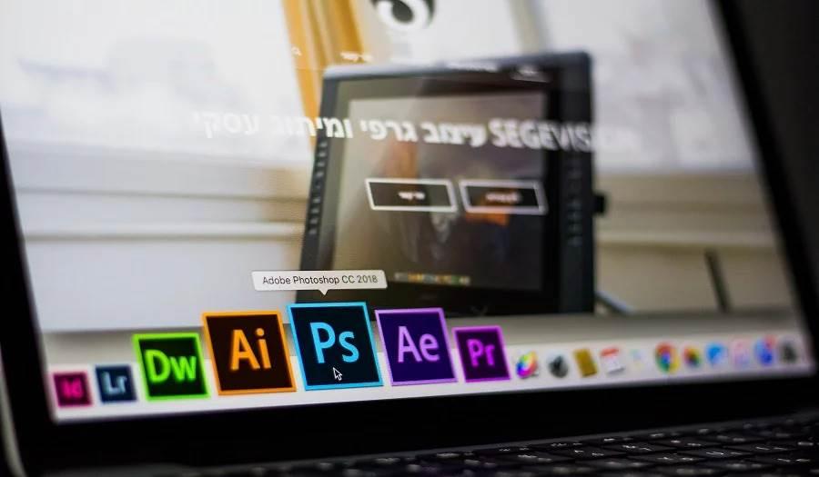 Adobe-creative-cloud-computer